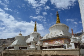 beautiful-gompas