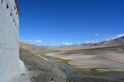 gompa-path-landscape