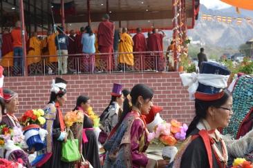 ladakhi-women-in-their-finery