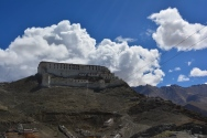 looking-back-at-the-gompa