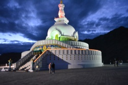 shanti-stupa-at-night