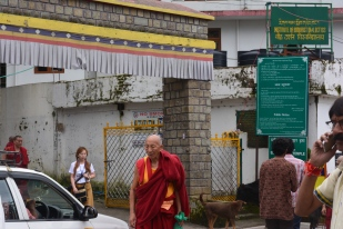 the-entrance-to-the-dalai-lama-temple